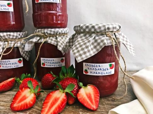 Erdbeer-Rhabarber-Marmelade (4)